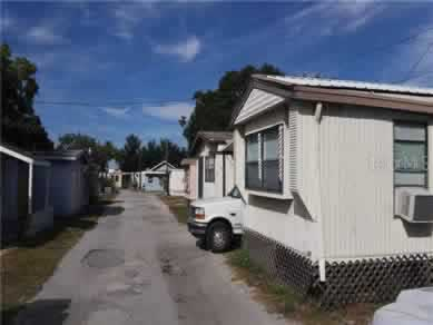 Florida Mobile Home Parks Real Estate Specialist - Let us help you